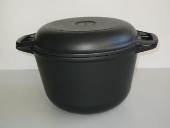 Казан с крышкой сковородой